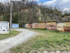 Garaz Kuřimi